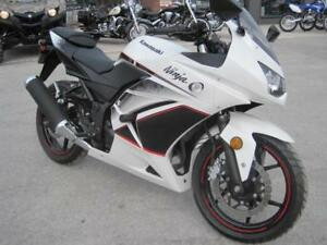 Preowned Kawasaki Ninja EX 250 in Excellent Condition/certified