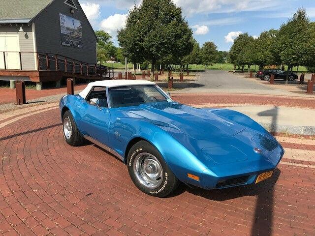 1974 Blue Chevrolet Corvette   | C3 Corvette Photo 1