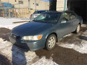 2000 TOYOTA CAMRY***4 CYLINDRES+TOIT+CUIR+MAGS+TRÈS PROPRE