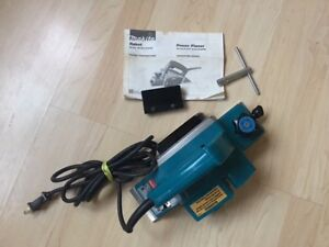 Makita Electric Planer with Brand new Extra Blades