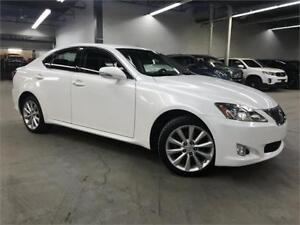 LEXUS IS250 AWD 2010 / MAGS / AC / DEMARREUR / 106400KM!