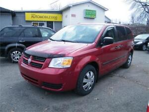 2010 DODGE GRAND CARAVAN SE . STOW & GO
