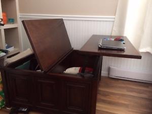 Coffre de salon se transforme en table d'appoint