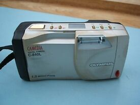 Olympus Camedia C-840L Digital Camera SmartMedia Card Strap Booklet C 840 L