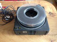 Kodak Carousel S-AV 1050 35mm slide projector