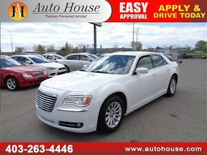 2014 Chrysler 300 LEATHER HEATED SEATS LOW KM
