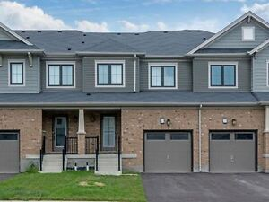 2015 3 Bed 3 Bath Executive Freehold Townhome Could Be Yours!