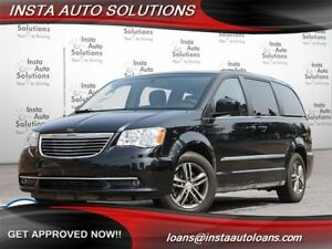2015 Chrysler Town & Country LOW KM warranty
