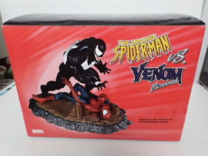 spider man vs venom diorama statue marvel