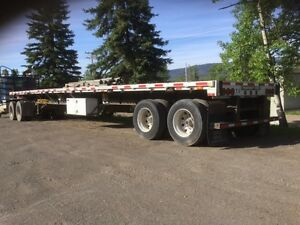 2007 Transcraft 48' Flat deck Trailer
