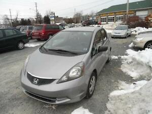 SUPERDEAL !! 2009 HONDA FIT WITH LOW MILEAGE +NEW TIRES +NEW MVI