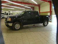 2011 GMC Sierra 2500HD Fully Loaded SLT Diesel With Sunroof