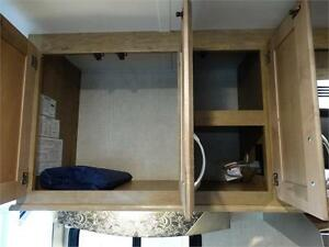 24 foot Class C Motorhome with Slideout and Luxury Package! Kitchener / Waterloo Kitchener Area image 10