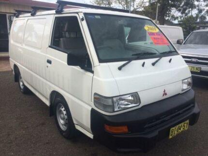 2010 Mitsubishi Express SJ MY10 SWB White 5 Speed Manual Van