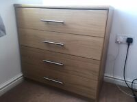 4 Drawer Chest - Oak Effect