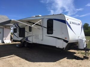 2014 24SB Stellar Xtra Light Toy Hauler