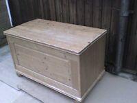 Wooden Ottoman Storage Box - Heathrow