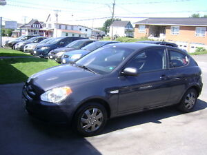 2011 Hyundai Accent Hatchback 5Vitesse $2500 Tax Inclus