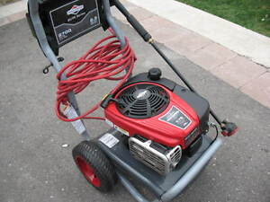 Briggs and Stratton gas power washer
