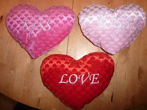 NEW with tags Valentine's stuffies, other Valentine's items $3 Kitchener / Waterloo Kitchener Area image 2