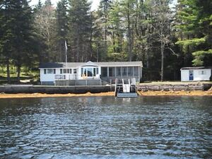 """the Osprey's Nest"" your own Private, Ocean Front Cottage"