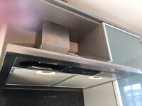 Integrated Smeg Chimney Hood, Good Condition, Works Great, Absolute Bargain!