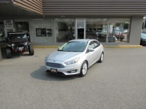 2015 Ford Focus TITANIUM WITH AUTO PARK