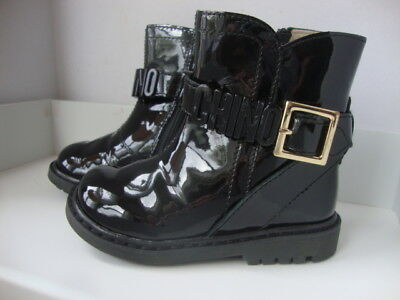 Black Patent Boots For Girls (MOSCHINO- BNIB- BLACK PATENT BRANDED BOOTS FOR KIDS- SIZE 21- RRP)