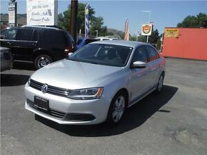 2012 Volkswagen Jetta Sedan Comfortline Low Kms!!