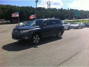 2011 TOYOTA HIGHLANDER LIMITED V6 , 4X4