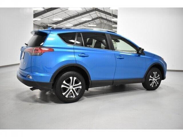 Image 4 Voiture American used Toyota RAV4 2017