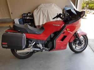 2002 Kawasaki Concours 1000 Sport Turing Includes Riding Gear