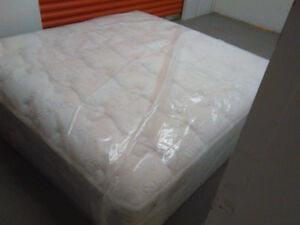 BRAND NEW Kingsdown-Diamond -King Mattress --DELIVERY