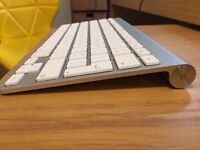 Apple Wireless Keyboard - perfect condition!