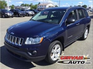 Jeep Compass Sport 4x4 A/C MAGS 2012