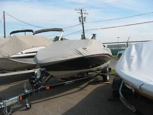 2006 Sugar Sand 18ft 240hp Merc Inboard with Lift