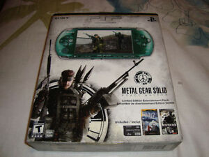 PSP LIMITED EDITION METAL GEAR SOLID PEACE WALKER GREEN NEW