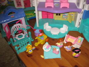 Maison Little People - Fisher price West Island Greater Montréal image 7