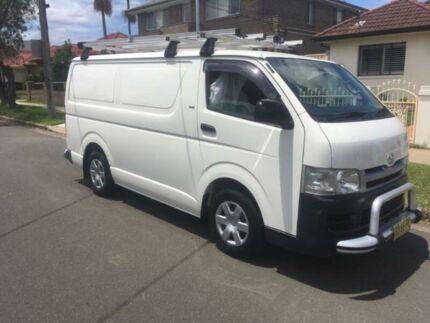 2006 Toyota Hiace White Manual Van