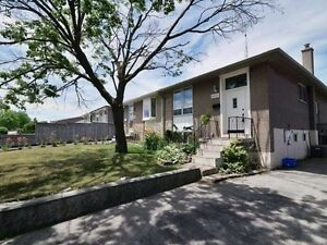2+2 Bed / 2 Bath Great Starter Home In Clarkson - For Sale