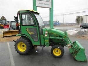 2013 John Deere 2025R Compact Tractor with Cab