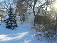 Large home located on 5 acres in Springfield, MB