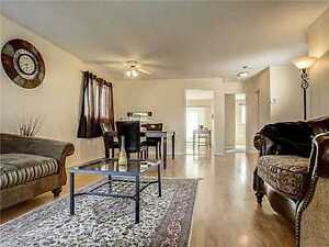 2 BDRM BRIGHT UPPER LEVEL HOUSE FOR RENT, MOIR CRES, S. BARRIE