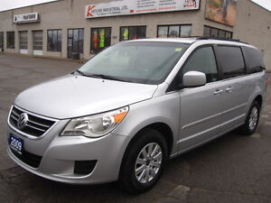 7 PASSENGER STOW AND GO   2009 VW ROUTAN