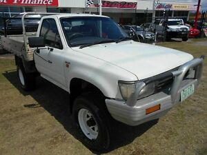 1994 Toyota Hilux RN105R White 5 Speed Manual Cab Chassis Kippa-ring Redcliffe Area Preview
