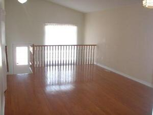 Best room for rent steps from Fanshawe College.  All inclusive