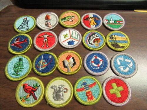 19 Clear Plastic Back Solid Merit Badges   eb10