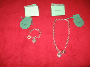 Return to Tiffany & Co Heart Charm Toggle Necklace and Bracelet