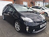 Toyota Prius and ford galaxy for rent from £100