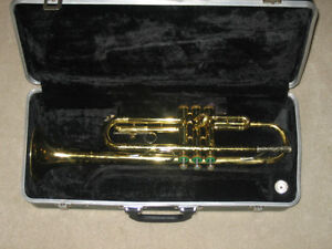 Bb TRUMPET made in USA by Selmer